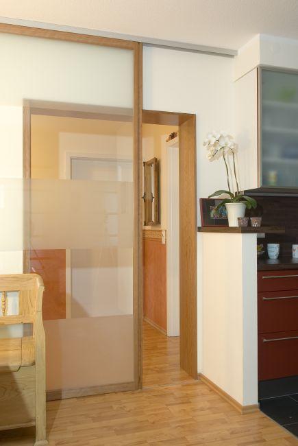 raumteiler schiebeturen aus holz. Black Bedroom Furniture Sets. Home Design Ideas