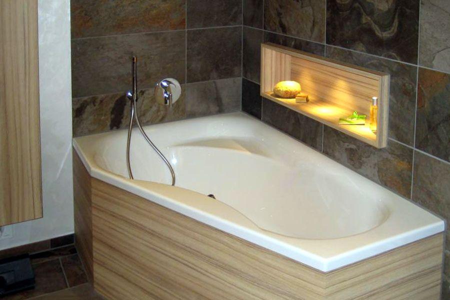 dachschrge dusche verkleidung bild raffiniert wird hier jeder cm fr stauraum genutzt so die. Black Bedroom Furniture Sets. Home Design Ideas