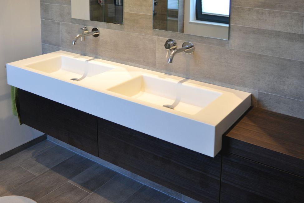 Moderne badm bel for Moderne badeinrichtung