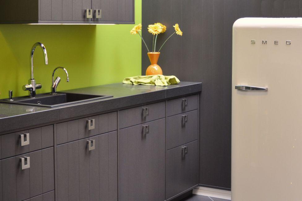 deko graue wandfarbe f r kleine raume graue wandfarbe f r kleine graue wandfarbe graue. Black Bedroom Furniture Sets. Home Design Ideas